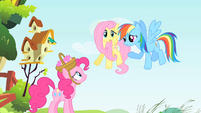 Pinkie Pie, Fluttershy and Rainbow Dash S1E25