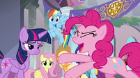 Pinkie Pie -so many new ponies!- S8E1