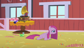 Pinkie Pie sad at her party S1E25.png