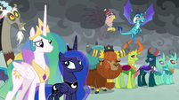 Princesses and creatures listen to Twilight S9E25