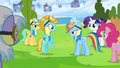 Rainbow Dash talks to Lightning Dust S3E07.png