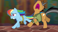 Rainbow and Quibble run from the Cipactli S6E13