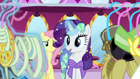 Rarity suggests a mummy costume S5E21