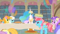 S01E22 Pani Cake i Celestia