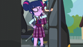 Twilight attempts to get off the bus with dignity EG3.png