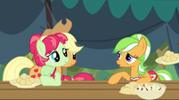 Apple Family a hoot S3E8