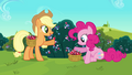 Applejack 'made sweets of crystal berries' S3E1.png