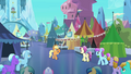 Applejack welcomes Crystal Ponies to the Faire S3E01.png