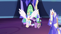 Princess Celestia spreading her wings S7E1