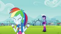 Rainbow animada e Twilight triste EG