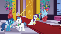 Rarity and Rainbow together S5E15