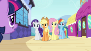 S03E01 Przyjaciółki czekają na Twilight