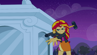 Sunset Shimmer demanding the crown EG