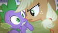 Applejack facing Spike S4E07.png