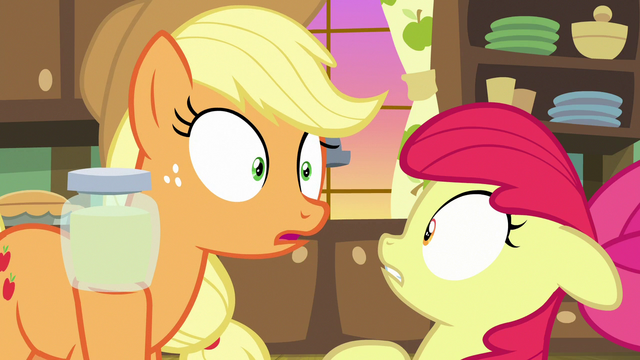 File:Applejack hears someone coming S7E13.png