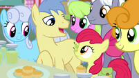 Goldengrape -his famous pear jam store- S7E13