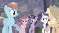 Other main ponies look at Pinkie S5E02.png