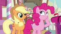 Pinkie Pie 'New spells, huh' S3E07