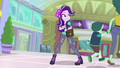 Starlight Glimmer watches mother and son fleeing EGS3.png