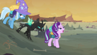 Starlight and Trixie groaning S6E26