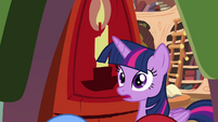 Twilight looking surprised S4E15