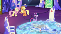Applejack asks Twilight about Peaks of Peril S8E23