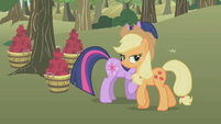 Applejack refusing help S1E4