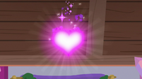 Goo powder sprinkles on the Fire of Friendship S8E16