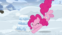 Pinkie Pie makes a three-layer snow cake S7E11