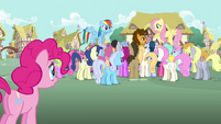 Pinkie Pie sees many ponies surrounding Cheese S4E12