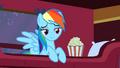 Rainbow Dash Popcorn 1 S1E21.png