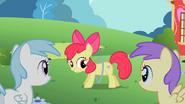 S02E06 Apple Bloom i jej nowa zabawka