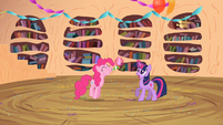Twilight teleports Pinkie inside S2E10