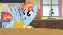 "Windy Whistles ""a pasta and potato sandwich"" S7E7"