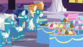 Wonderbolts queue up to get their plates S5E15.png