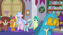 Ocellus -griffons do that, too- S8E16