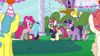 Pinkie Pie takes out her party cannon S5E12