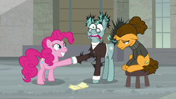 Pinkie shocks Sans Smirk with joy buzzer S9E14