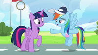 Rainbow Dash --not actually amazingly awesome-- S6E24