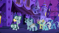 Rarity leading a crowd to The Tasty Treat S6E12.png