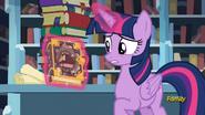 S06E02 Twilight ze zniszczoną książką