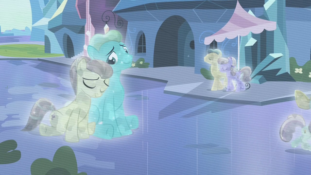 File:The Crystal ponies S3E01.png
