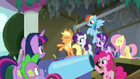 Twilight's friends start to get excited S8E7