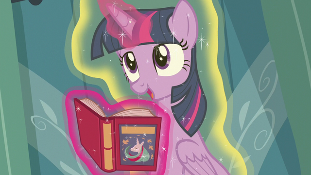 "File:Twilight Sparkle ""Spike, you're floating"" S7E3.png"