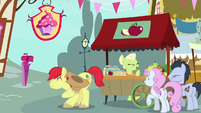 Bright Mac bowing to Pear Butter S7E13