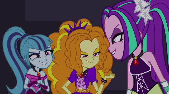 File:Dazzlings grinning evilly EG2.png