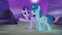 Dream Party Favor ignoring Starlight Glimmer S6E25