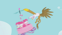Gilda causes Pinkie to spin out S1E05