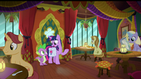 """Twilight """"see any librarian-type ponies"""" S9E5"""