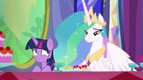 Twilight --such great taste in friends-- S6E6
